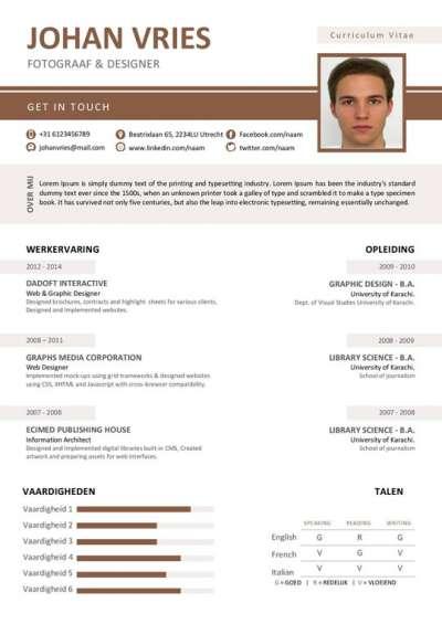 Een cv met een overzichtelijk indeling, in een mooi bruin en wit layout